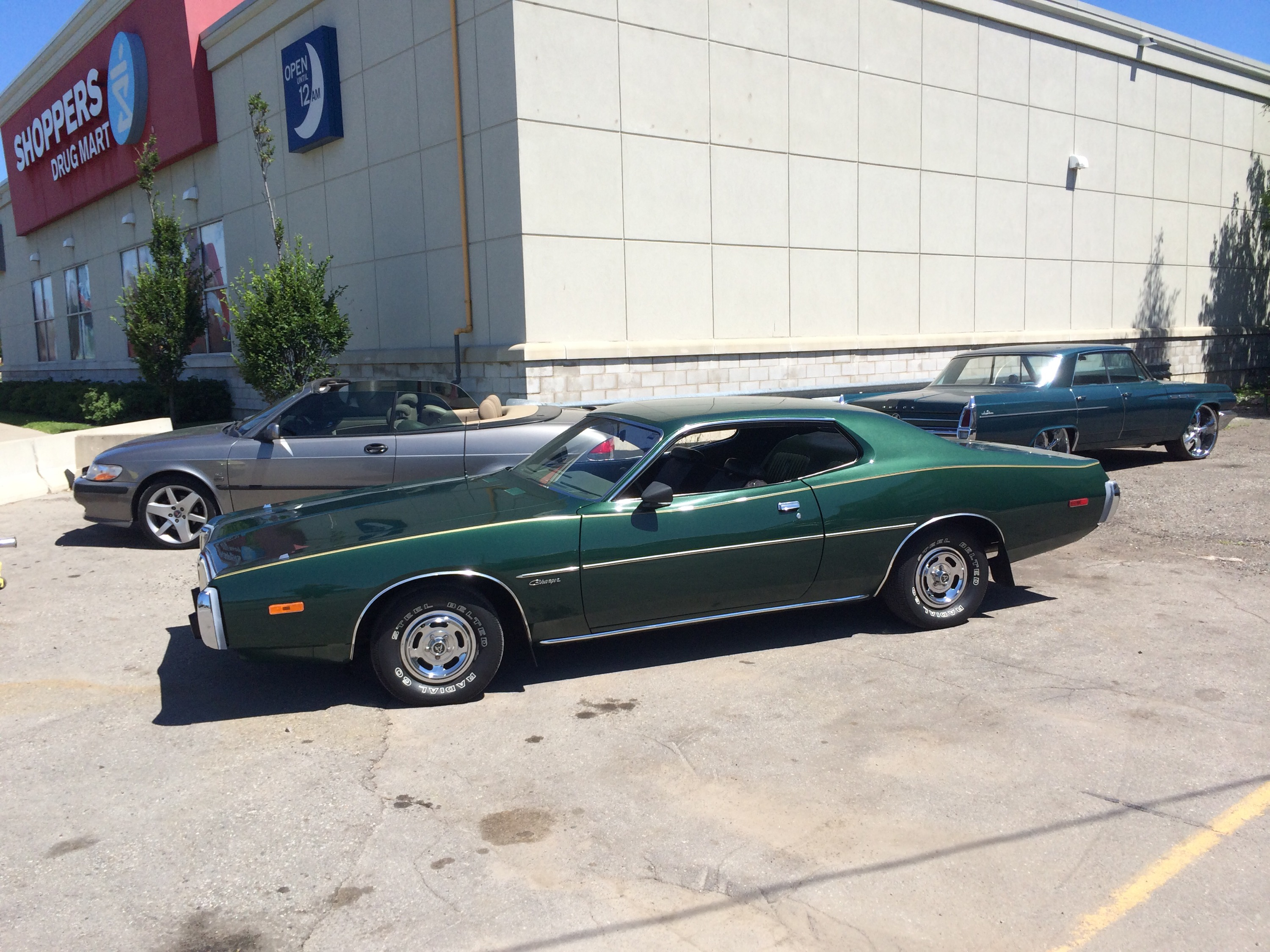 Looking to sell a classic or muscle car in London Ontario . We buy ...